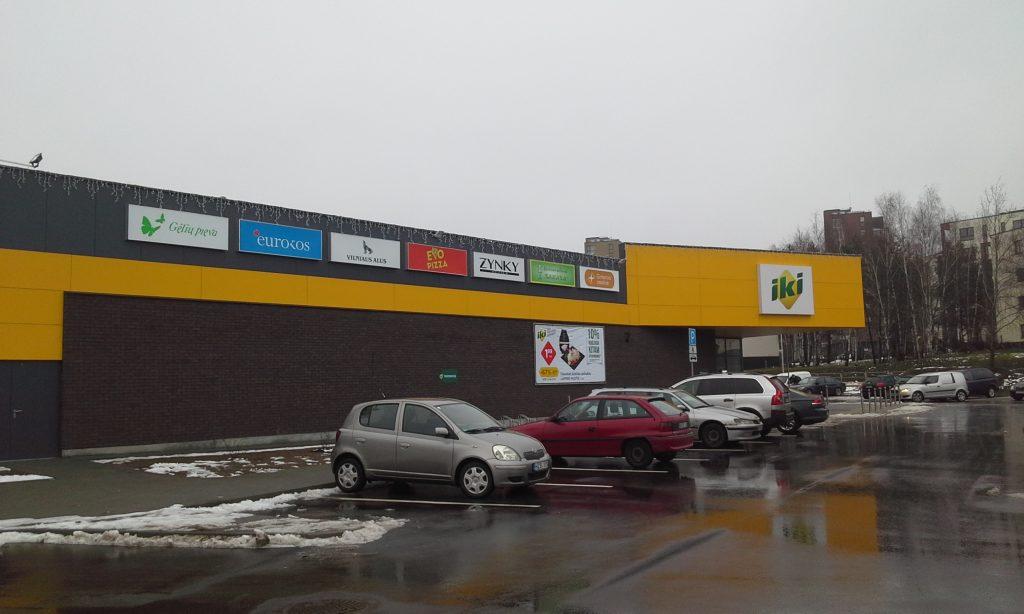 naujas-prekybos-centras-visoriuose
