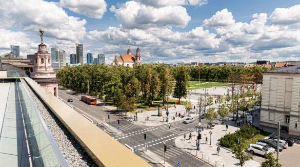 Live Square terasa bus atvira miestiečiams